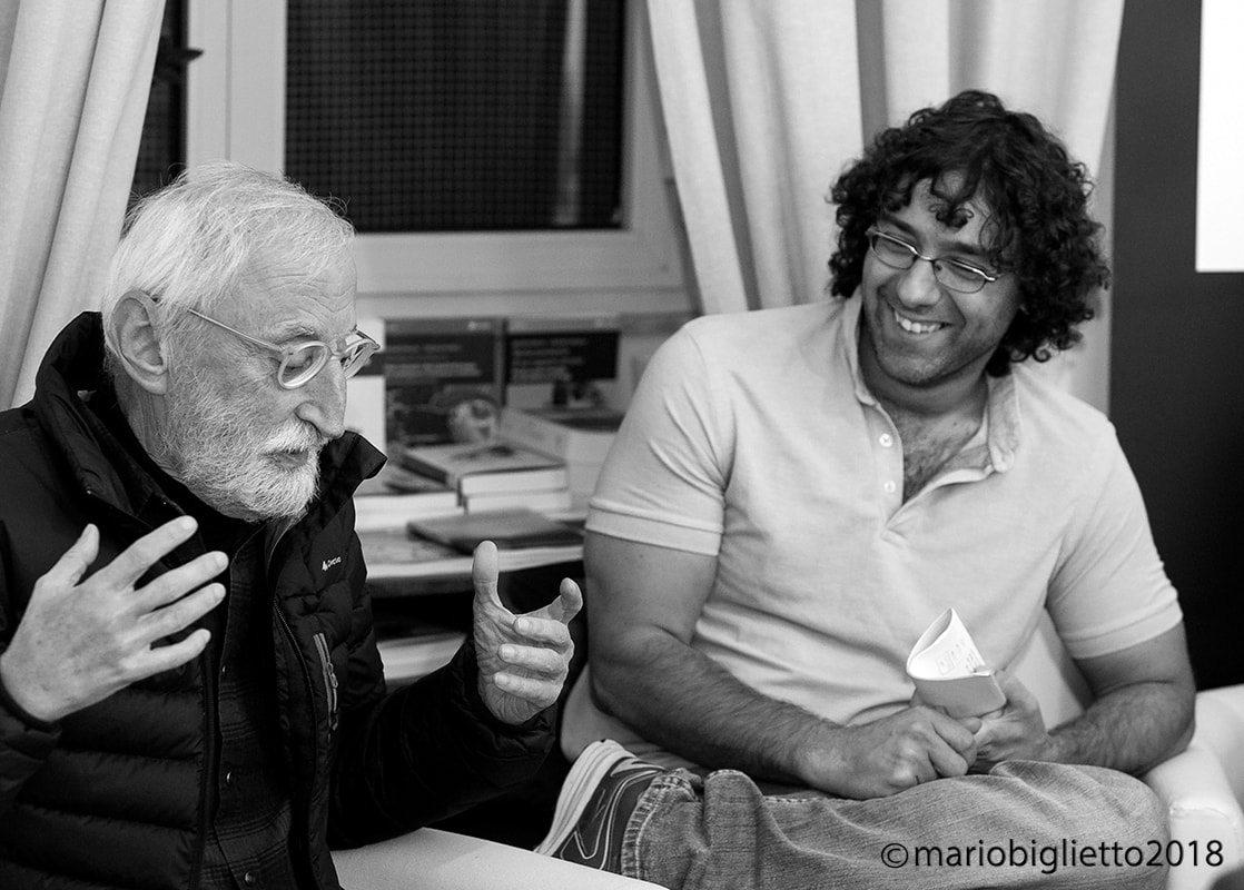 Da sx Antonio Moresco, Salvatore Toscano, Libreria Wojtec, Pomigliano